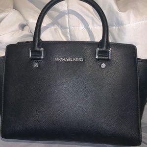 black leather barely used like new michael kors